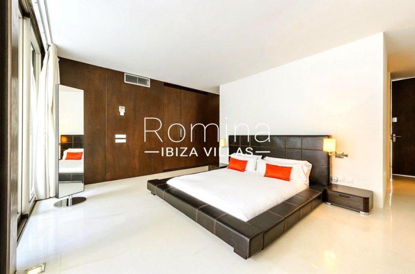 villa miska ibiza-4master bedroom
