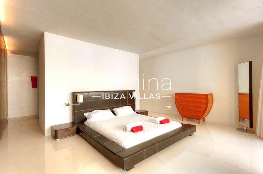 villa miska ibiza-4master bedroom2