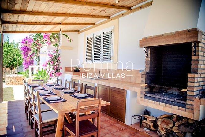 villa portico ibiza-2terrace dining area bbq