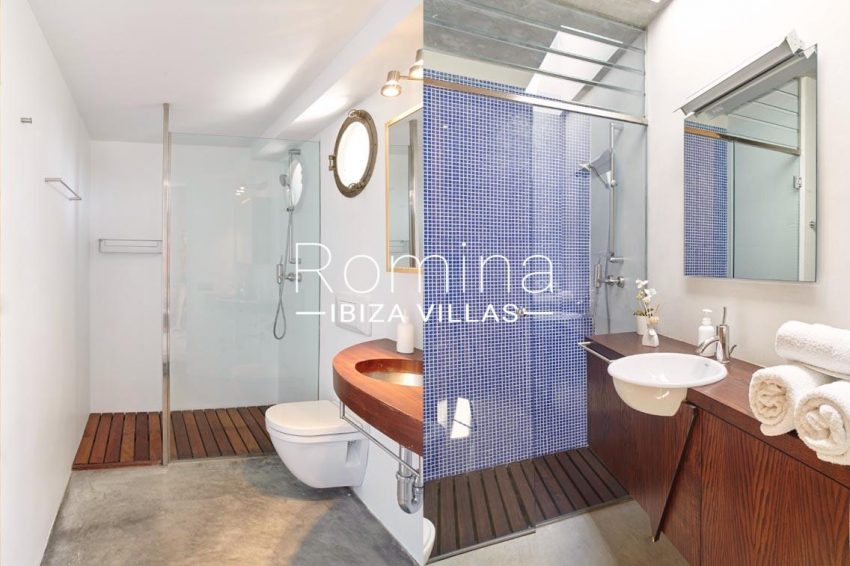 villa somchai ibiza-5shower room