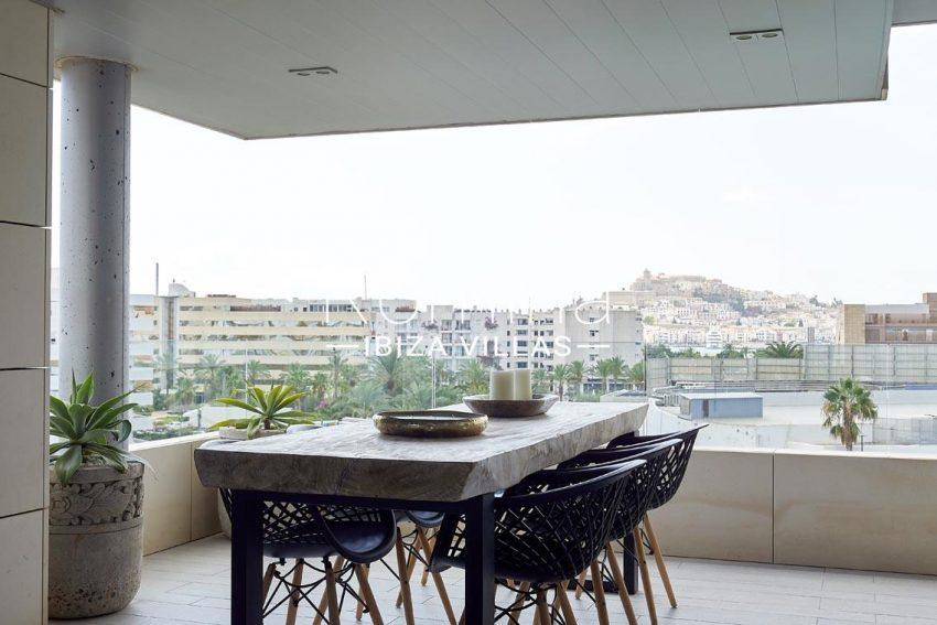 apto hinger ibiza-2terrace dining view dalt vila