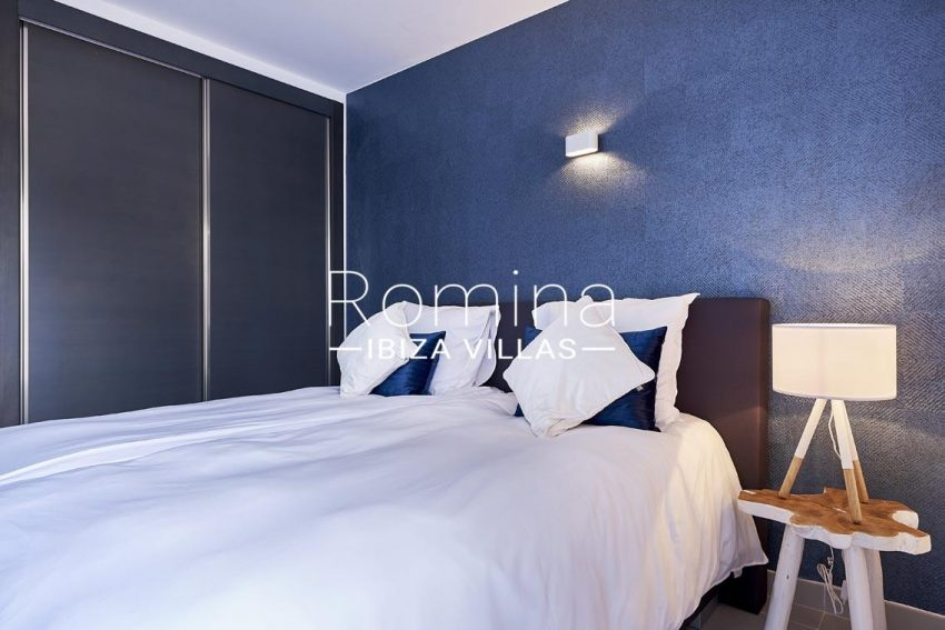 apto lany ibiza-4bedroom1 wardrobes