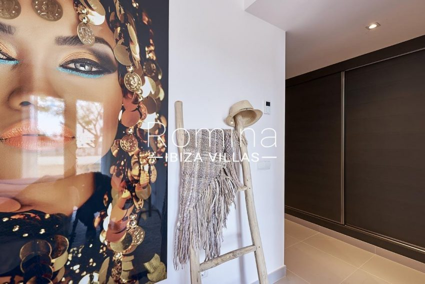 apto lany ibiza-4bedroom2 wardrobes