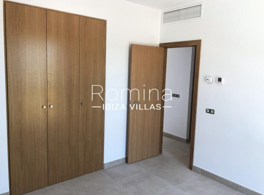 atico park ibiza-4bedroom wardrobes