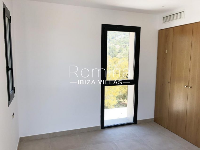 atico park ibiza-4bedroom wardrobes2
