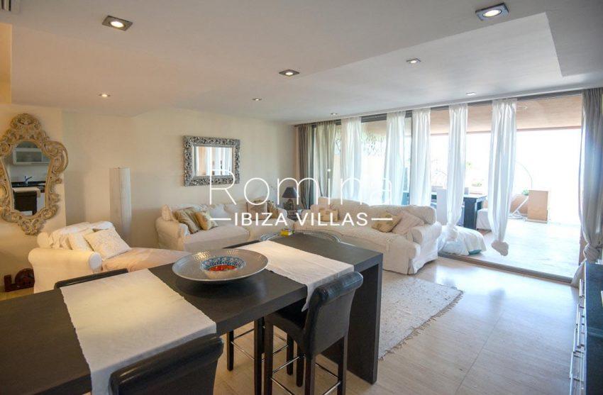duplex dos mares ibiza-3living dining room