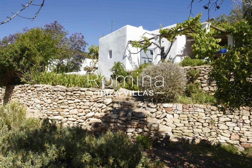 finca bridie ibiza-2pergola stone wall
