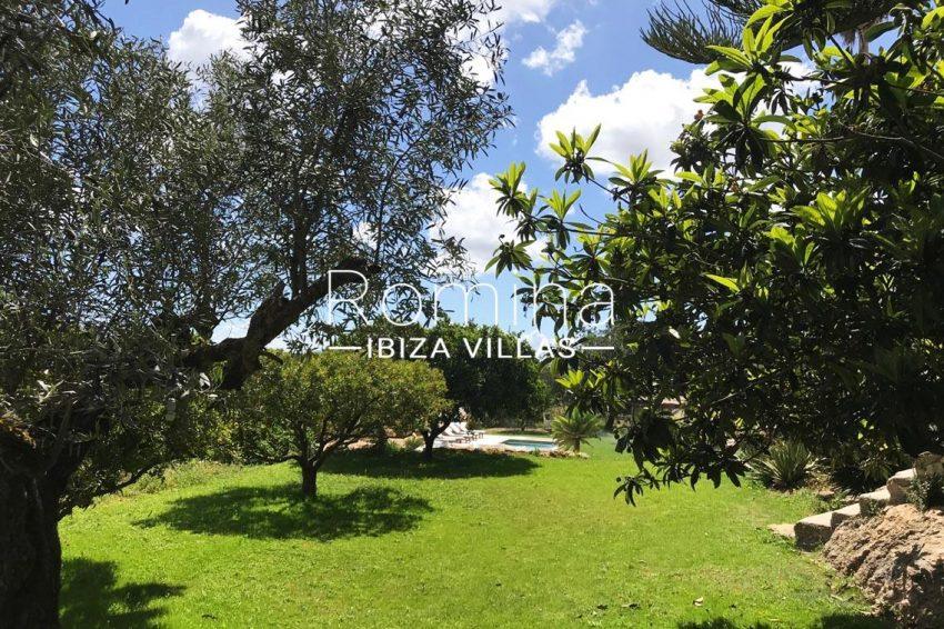 finca las palmeras ibiza-2garden pool