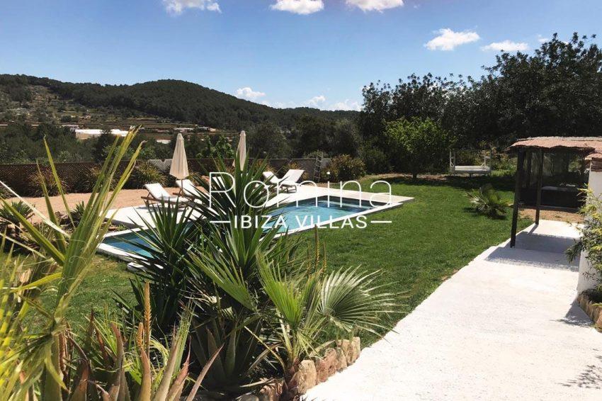 finca las palmeras ibiza-2pool view hills2