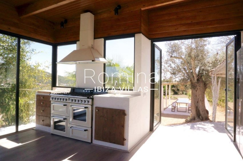 finca las palmeras ibiza-3dining area kitchen2