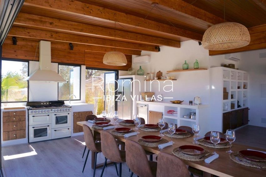 finca las palmeras ibiza-3dining room kitchen2