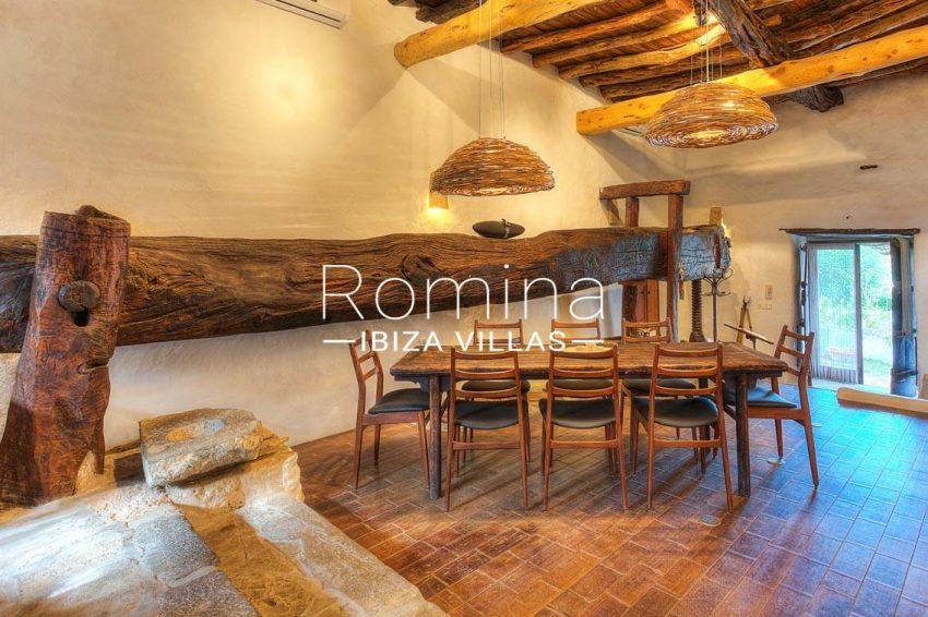finca las rosas ibiza-3zdining room2