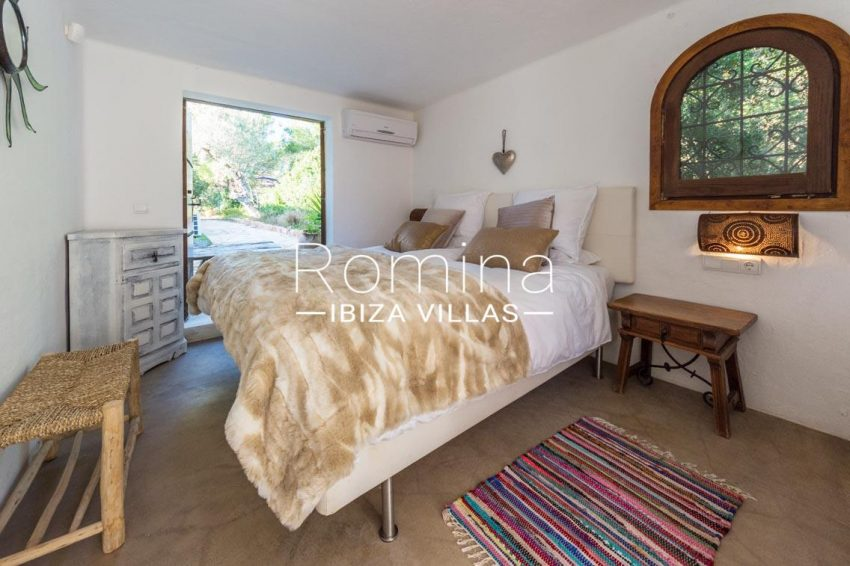 villa berro ibiza-2bedroom1 terrace