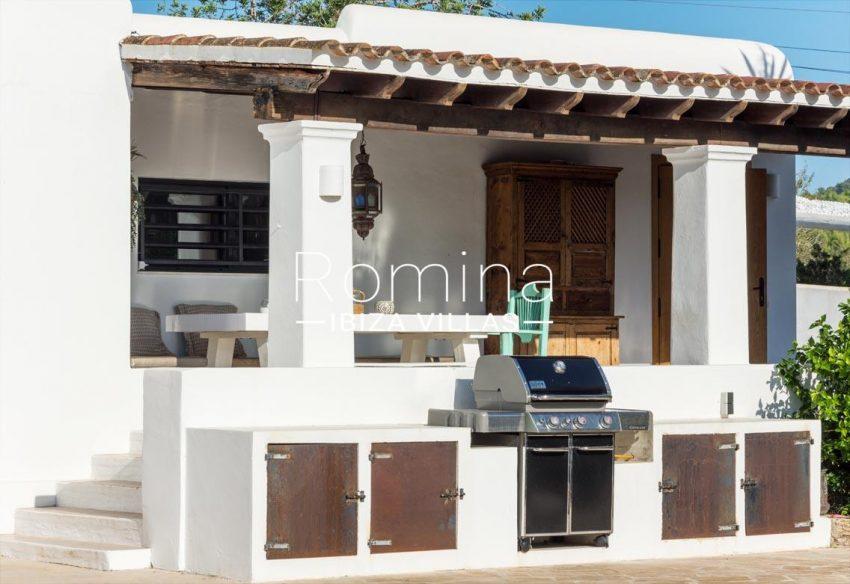 villa berro ibiza-2porch bbq
