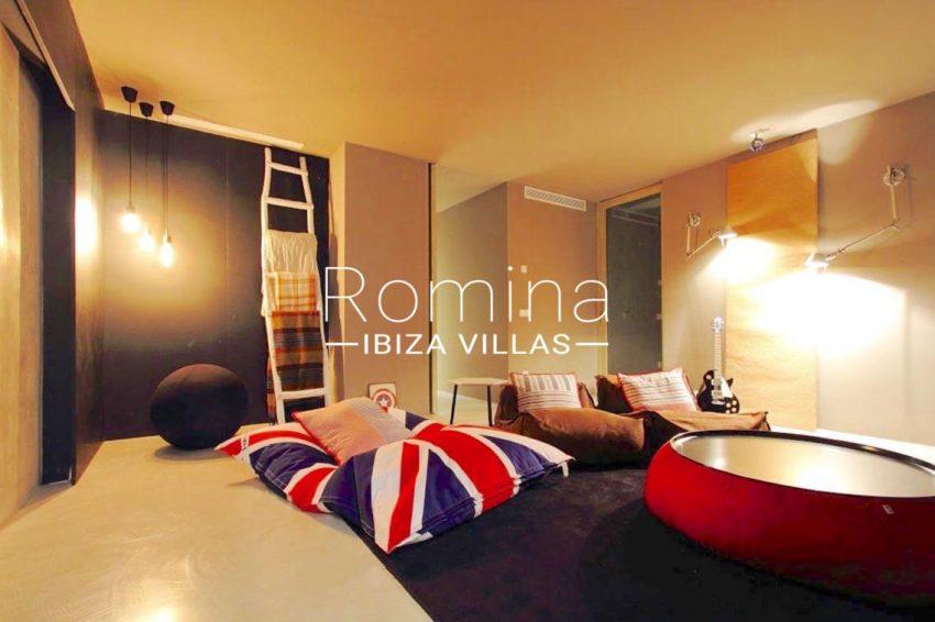 villa design ibiza-3tv room2