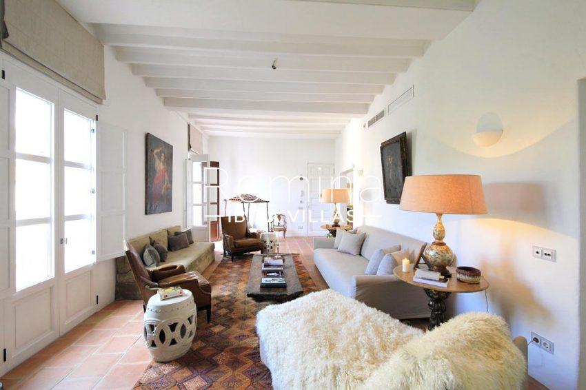 apto faust ibiza-3living room2