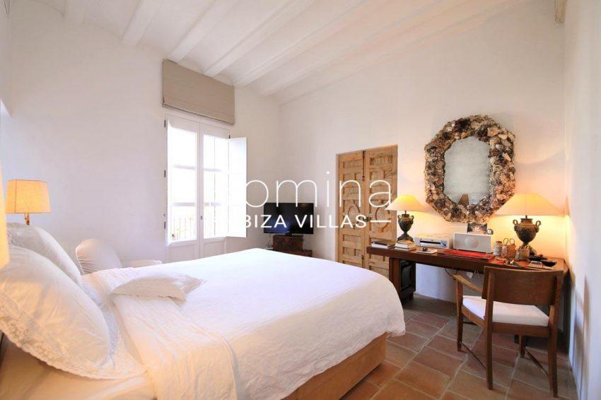 apto faust ibiza-4master bedroom