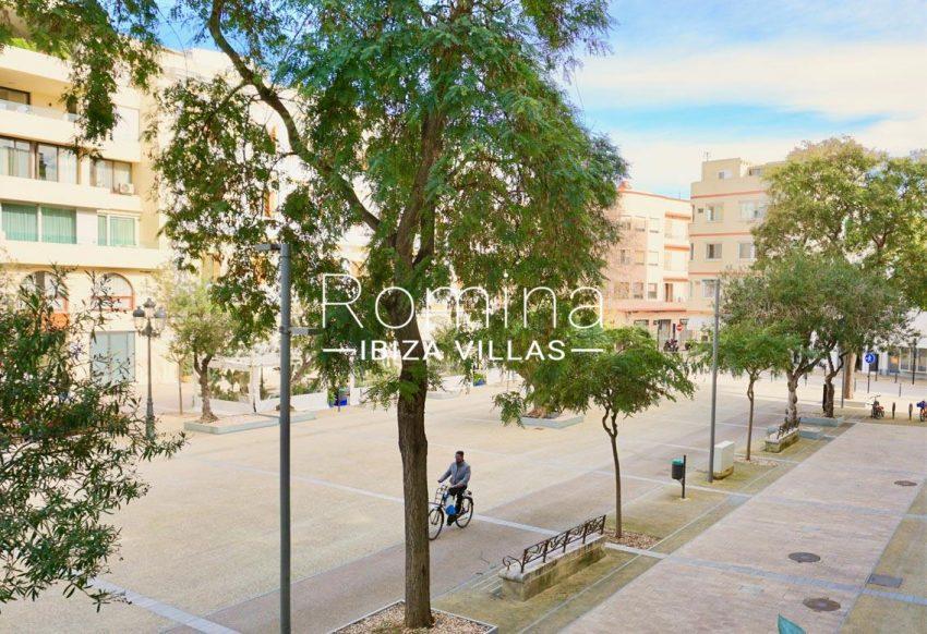 apto plaza ibiza-1view vara de rey2