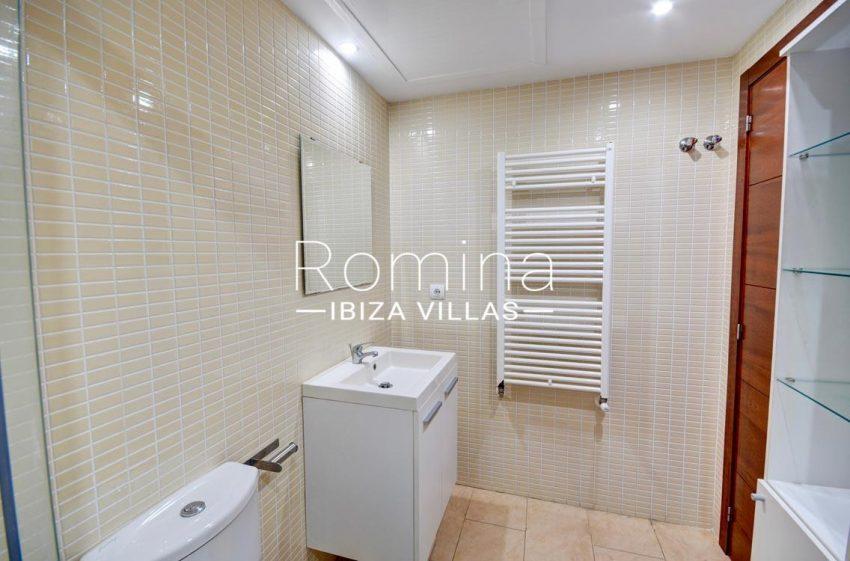 duplex ciudad ibiza-5showr room2