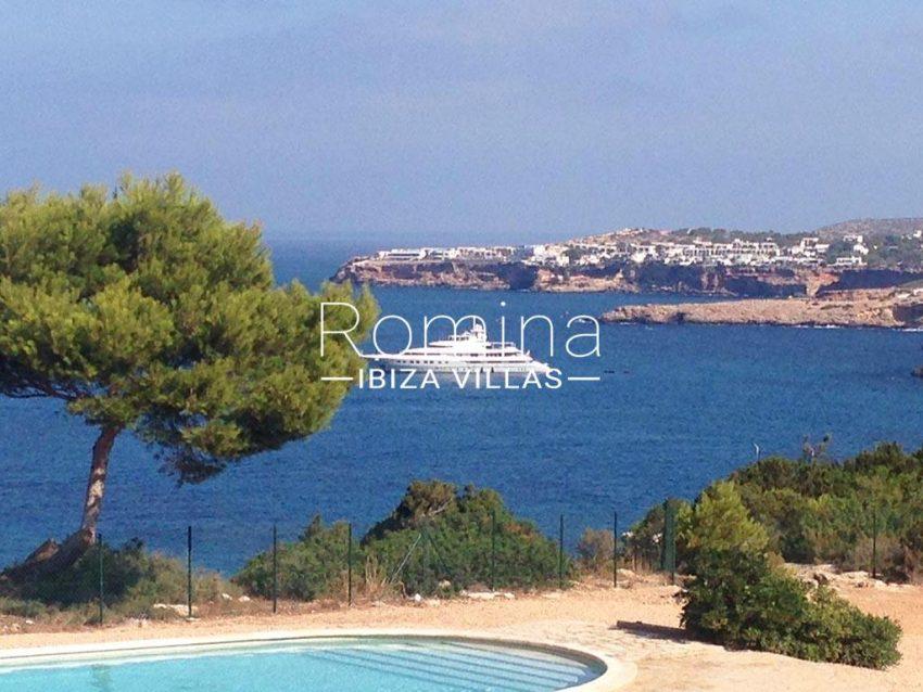 romina-ibiza-villas-rv-878-01-adosado-solis-1pool sea view boat
