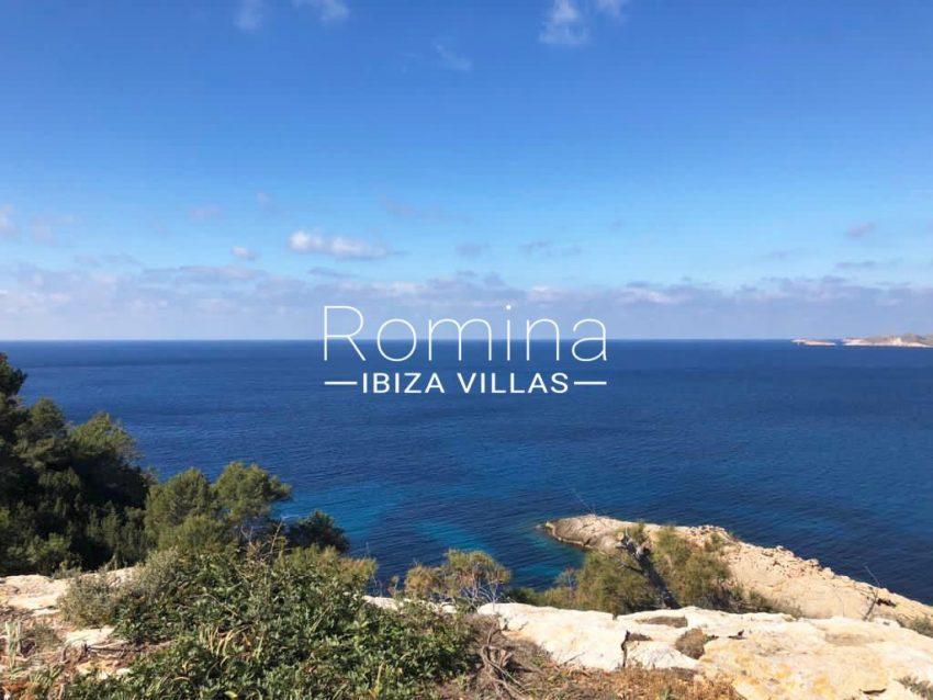 romina-ibiza-villas-rv-878-01-adosado-solis-1sea view