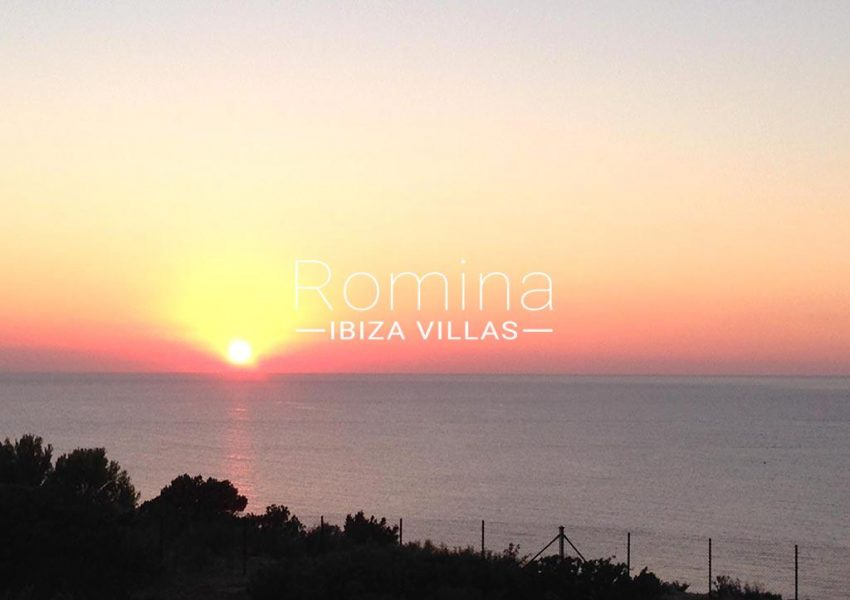 romina-ibiza-villas-rv-878-01-adosado-solis-1sunset2
