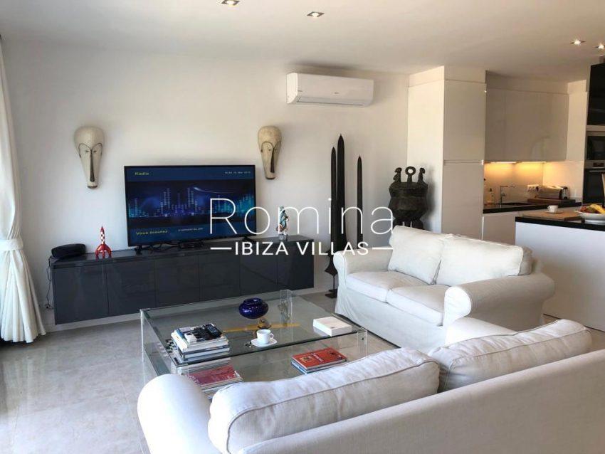 romina-ibiza-villas-rv-878-01-adosado-solis-3living room