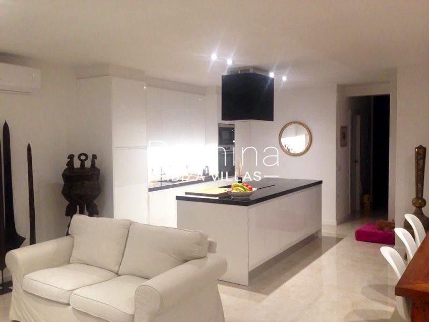romina-ibiza-villas-rv-878-01-adosado-solis-3living room kitchen