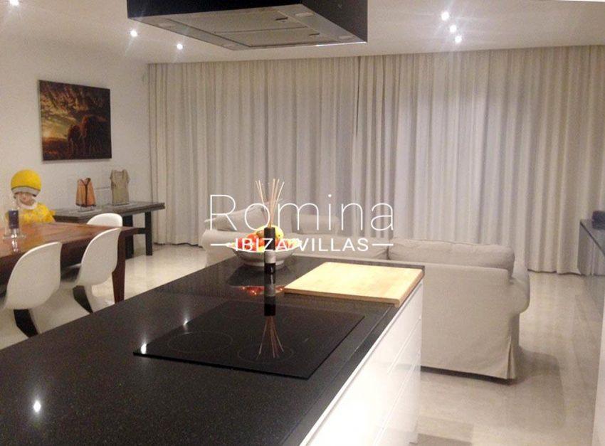 romina-ibiza-villas-rv-878-01-adosado-solis-3zkitchen living dining room