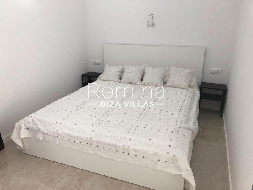 romina-ibiza-villas-rv-878-01-adosado-solis-4bedroom