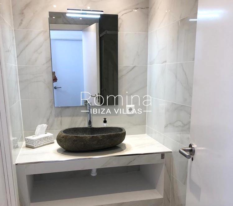 romina-ibiza-villas-rv-878-01-adosado-solis-5sink