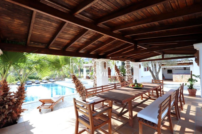 villa alix ibiza-2pool porch dining area3