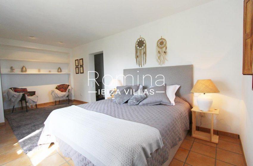 villa alix ibiza-4master bedroom2