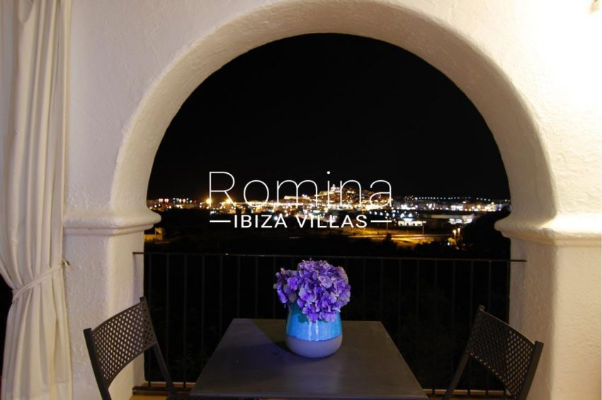 villa begonia ibiza-1view by night