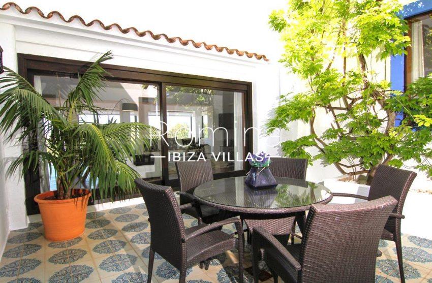 villa begonia ibiza-2patio
