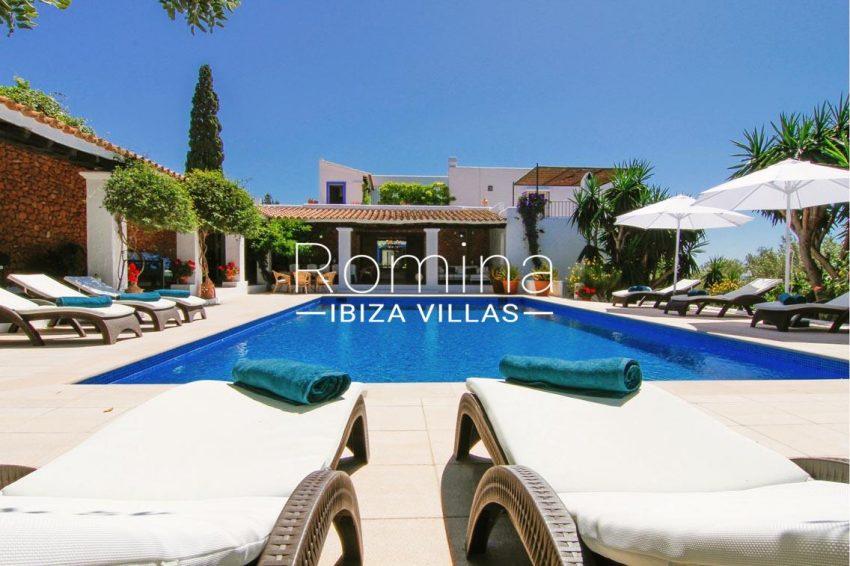 villa begonia ibiza-2pool porche