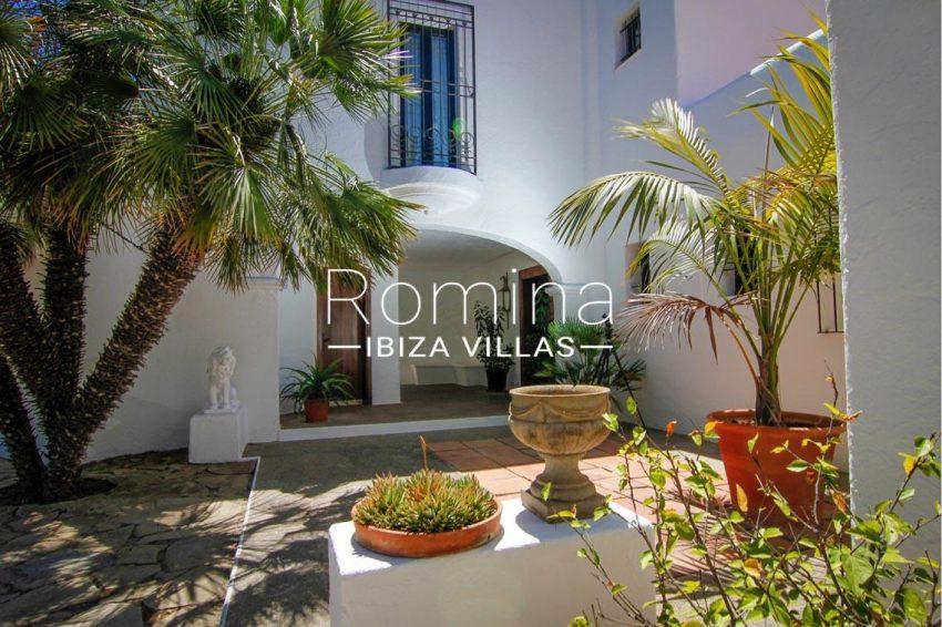 villa begonia ibiza-2terrace