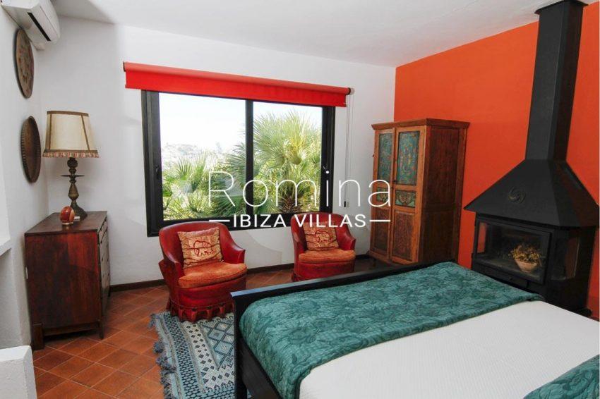 villa begonia ibiza-4bedroom stove view dalt vila