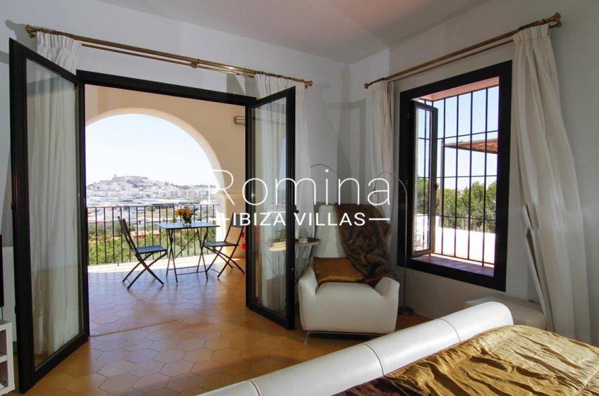villa begonia ibiza-4bedroom view dalt vila2