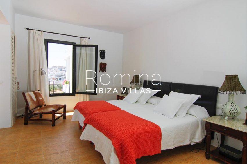 villa begonia ibiza-4bedroom2 view dalt vila