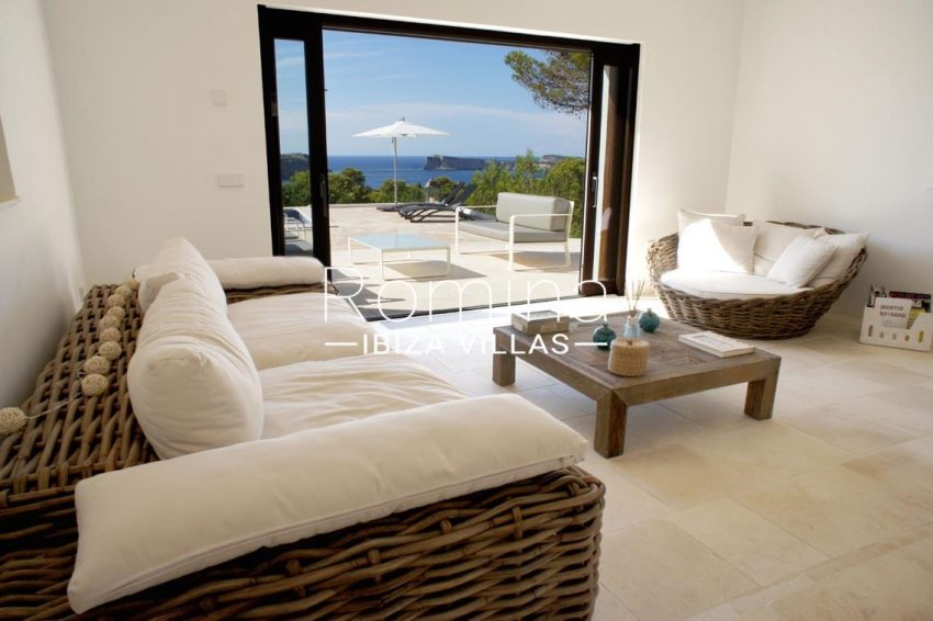 villa bella ibiza-3living room sea view2