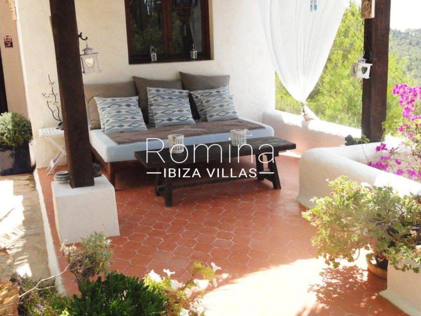villa iluna ibiza--2terrace sitting area
