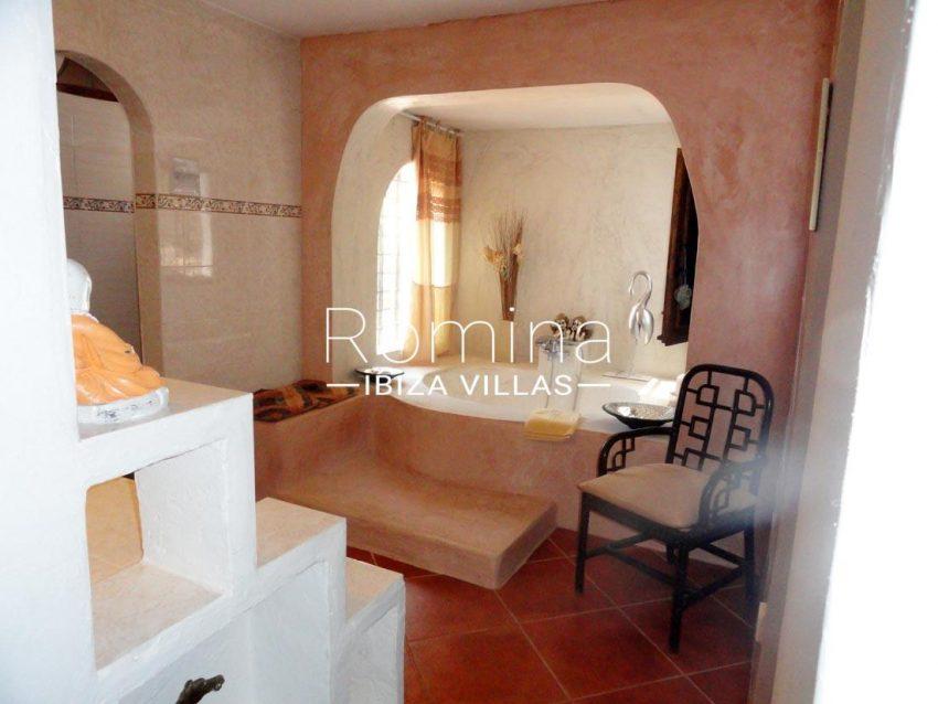 villa iluna ibiza-5bathroom