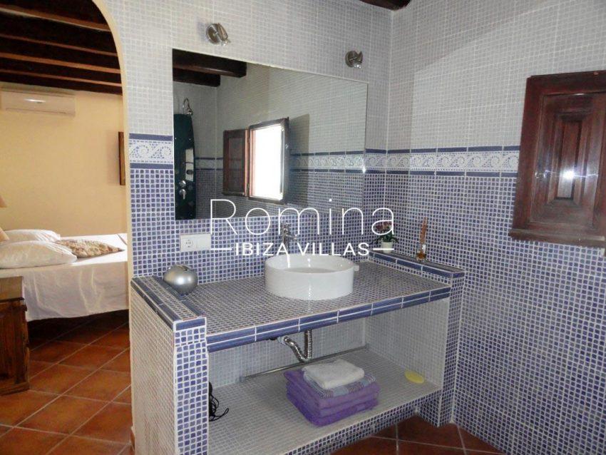 villa iluna ibiza- bedroom