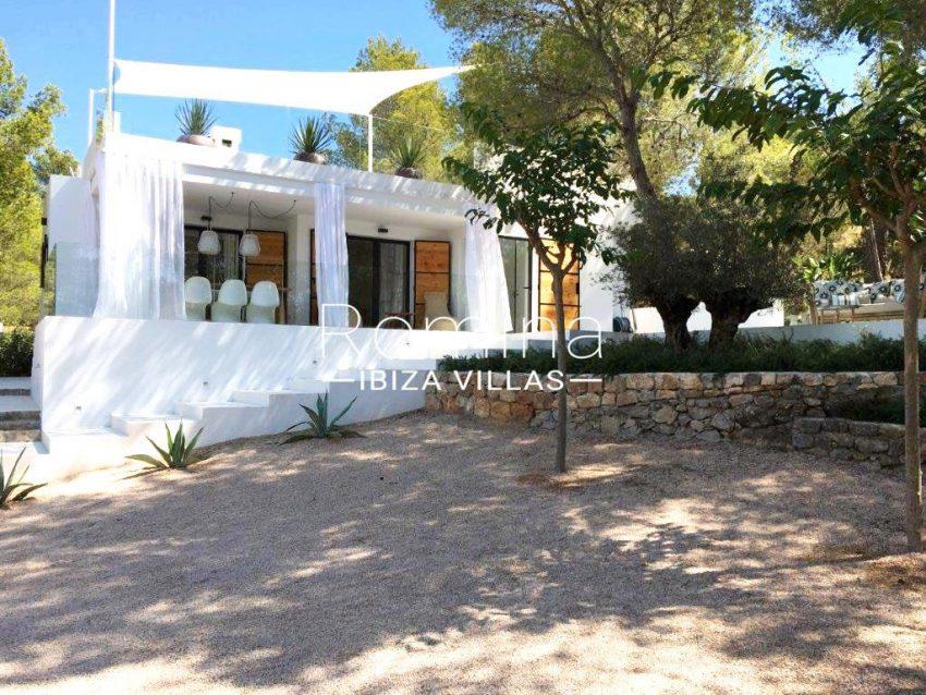 villa sati ibiza-2facade porches
