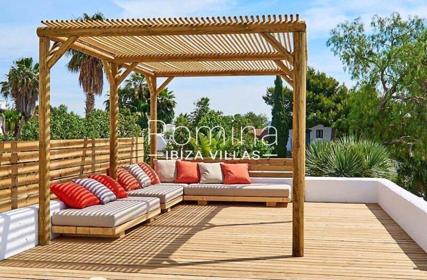 villa tili ibiza-2roof deck pergola