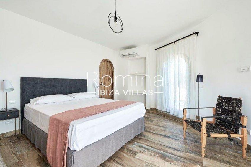 villa tili ibiza-4master bedroom