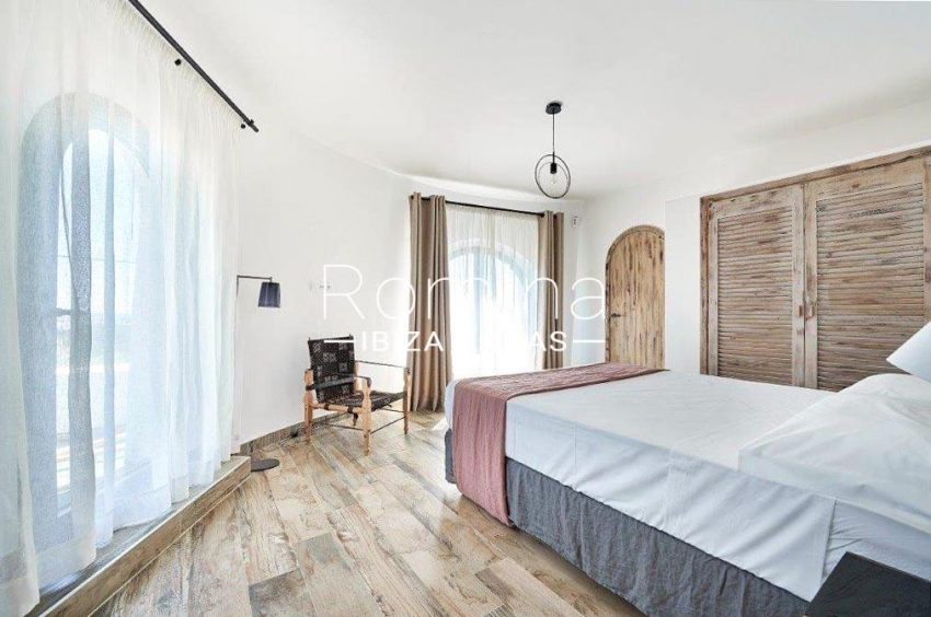 villa tili ibiza-4master bedroom2