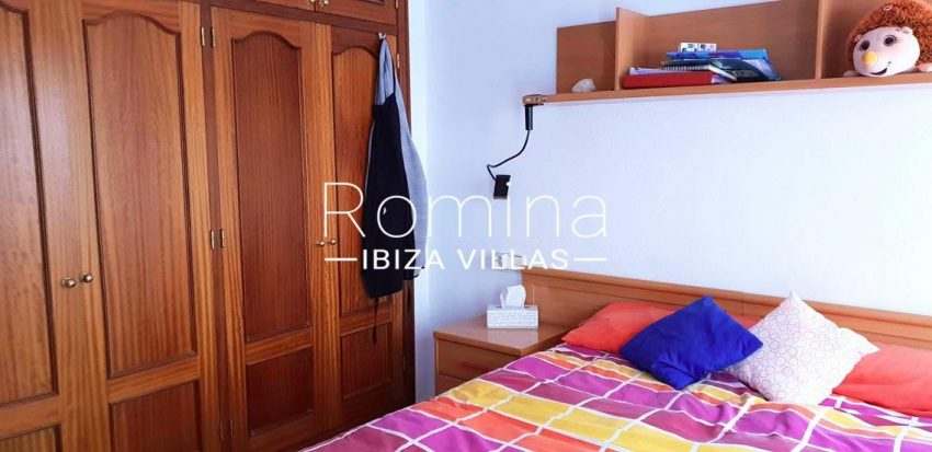 apto dita ibiza-4bedroom double wardrobes