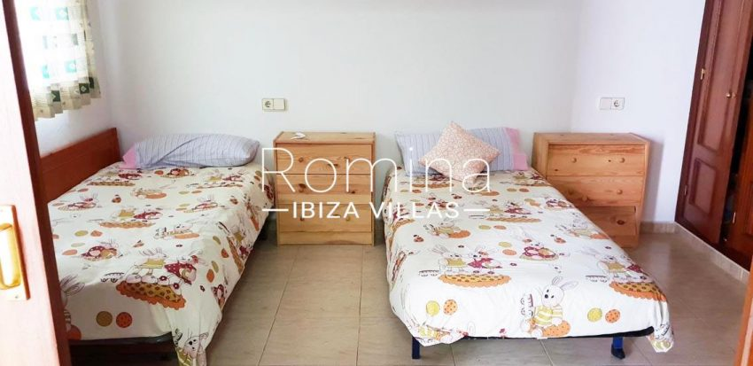 apto dita ibiza-4bedroom twin